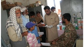 Pakistani army monitors FATA schools, health facilities