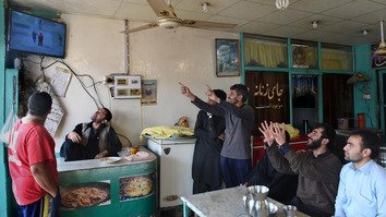 Restaurant business thrives in Peshawar's relative peace