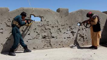 طالبان او داعش په افغانستان کې په پیسو او خاوره باندې جګړه کوي