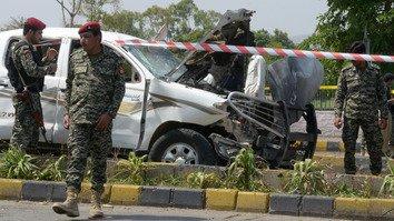 پاکستان میں خود کش حملوں میں کمی کا سبب سیکورٹی آپریشنز ہیں: مبصرین