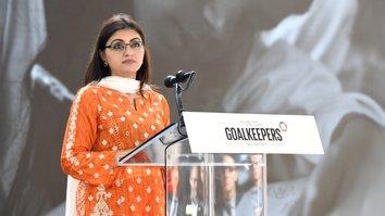 Pashtun peace activist receives prestigious rights award