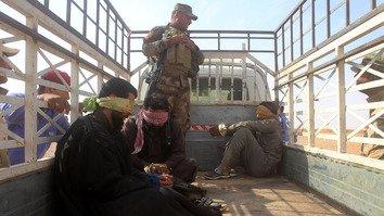 داعش عراق اور شام میں تنکوں کے سہارے رہ گئی ہے