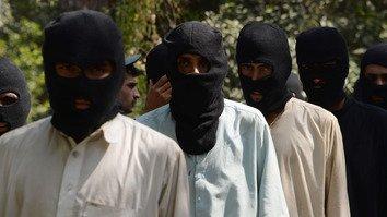 افغانستان اورپاکستان میں داعش کا پھیلاوٴ مشکلات میں