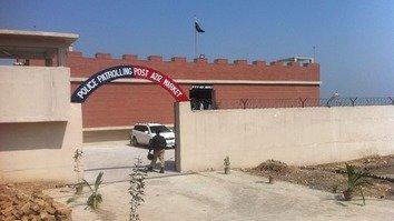 کے پی نے فاٹا کی حدود کے ساتھ بموں سے محفوظ سیکیورٹی ناکوں کا افتتاح کر دیا