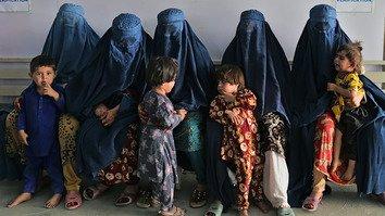 ملګرو ملتونو د کډوالو افغانانو د بیا ځای پرځای کولو لپاره نوره نړیواله مرسته وغوښته