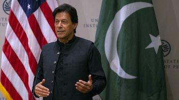 Khan vows to help bring Afghan Taliban to peace talks