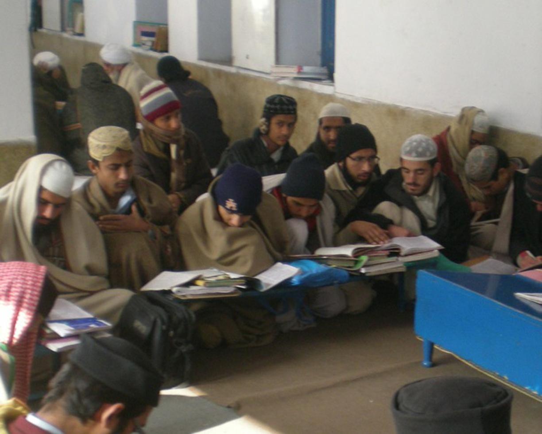 پاکستان میں مدارس کے مالی ذرائع کی چھان بین