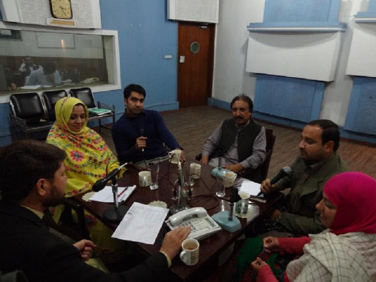 پاکستانی ایف ایم ریڈیو پروگرام طالبان کے دشمنوں کی ہمت بڑھا رہا ہے