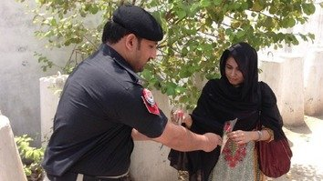 Khyber Pakhtunkhwa residents show appreciation for police