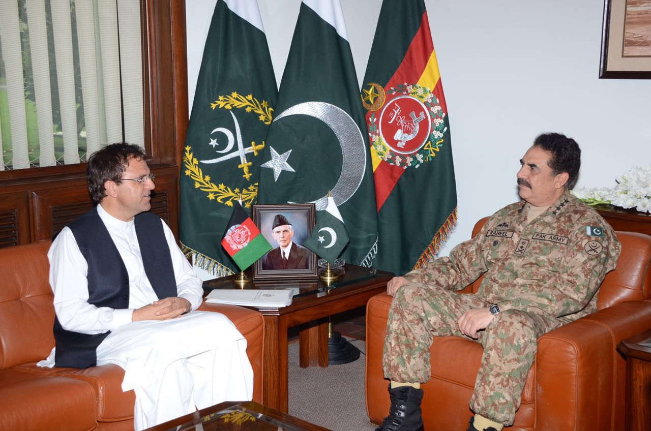 Pakistan and Afghanistan fight terrorism, boost trade