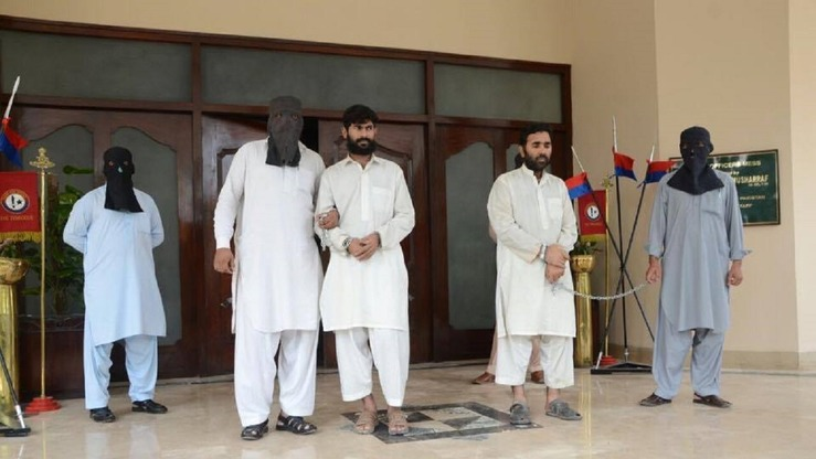 Authorities September 26 in Peshawar present two suspected facilitators of the September 2 terrorist attack on Peshawar's Christian community. [Zahir Shah]