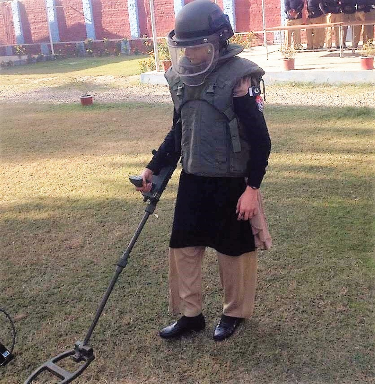 Woman hailed for joining Khyber Pakhtunkhwa bomb squad