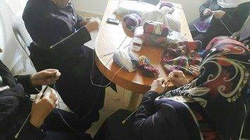 جنگ کے درمیان شامی ماؤں کی مشکلات سے نکلنے کے بارے میں گفتگو