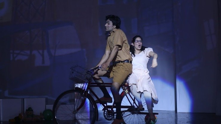 "Young actors perform in ""Gogi Aur Jugnu Ka Tamasha"" in Lahore April 7. [Amna Nasir Jamal]"