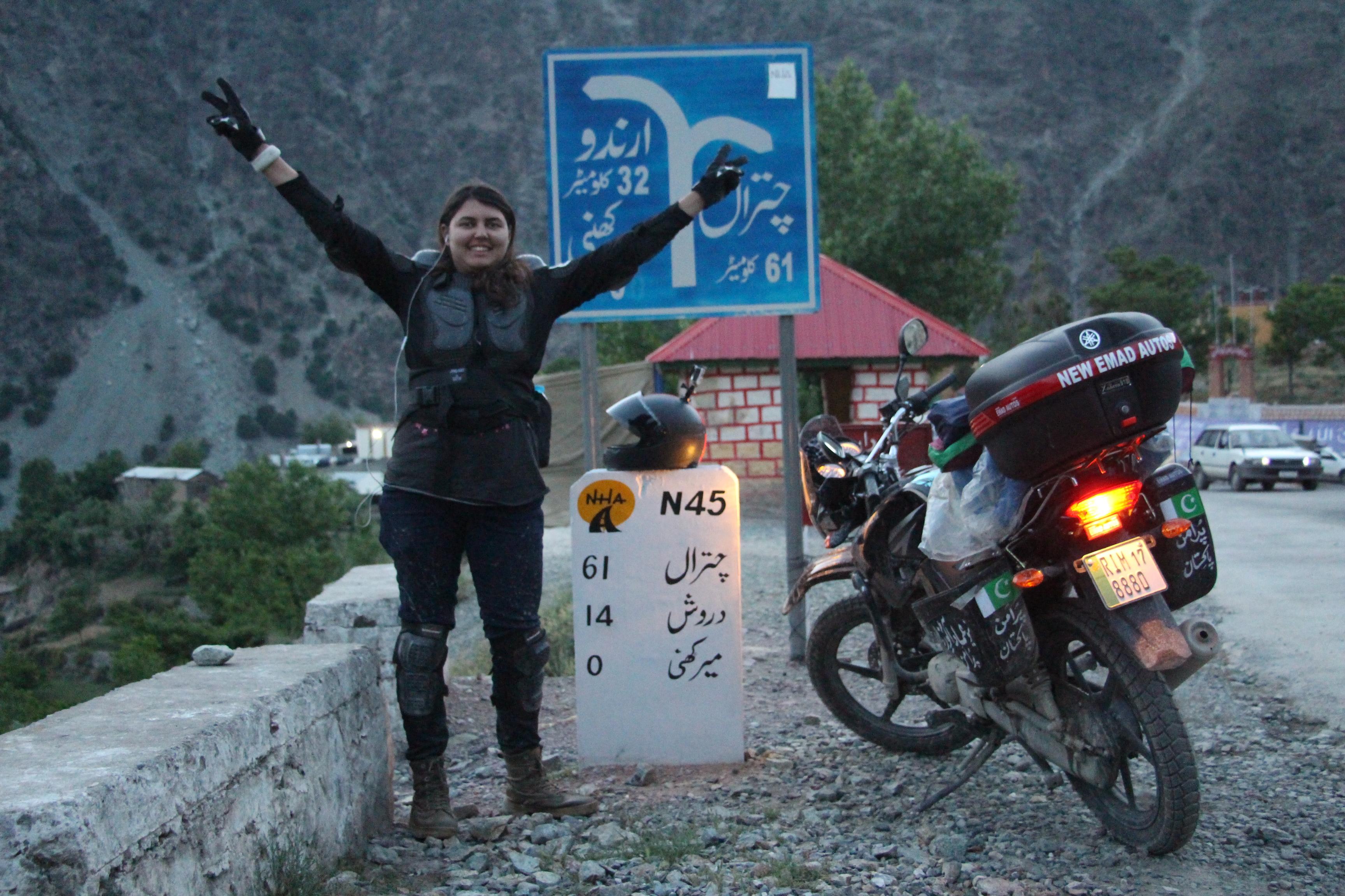 Pakistani woman motorbikes through KP to promote peace
