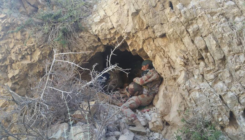 بلوچستان آپریشن میں داعش کے 12 کمانڈر مارے گئے