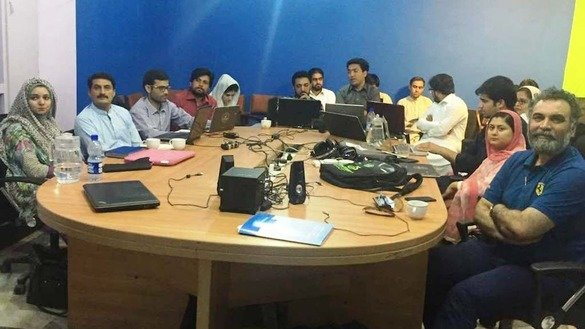 University of Peshawar students and journalists participate in a virtual class, interacting with Australian journalism students via Skype, May 23. [Danish Yousafzai]