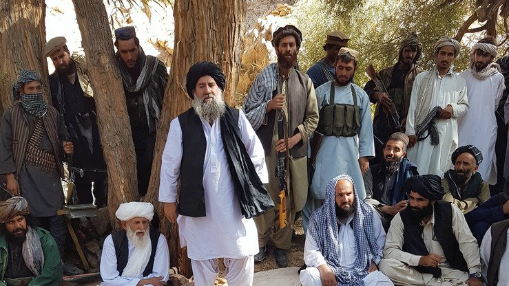 Mullah Manan Niazi addresses his followers in an undated photo after the capture of three would-be suicide bombers, allegedly sent by supporters of Taliban leader Mullah Haibatullah Akhundzada. [Courtesy of Mullah Manan Niazi]