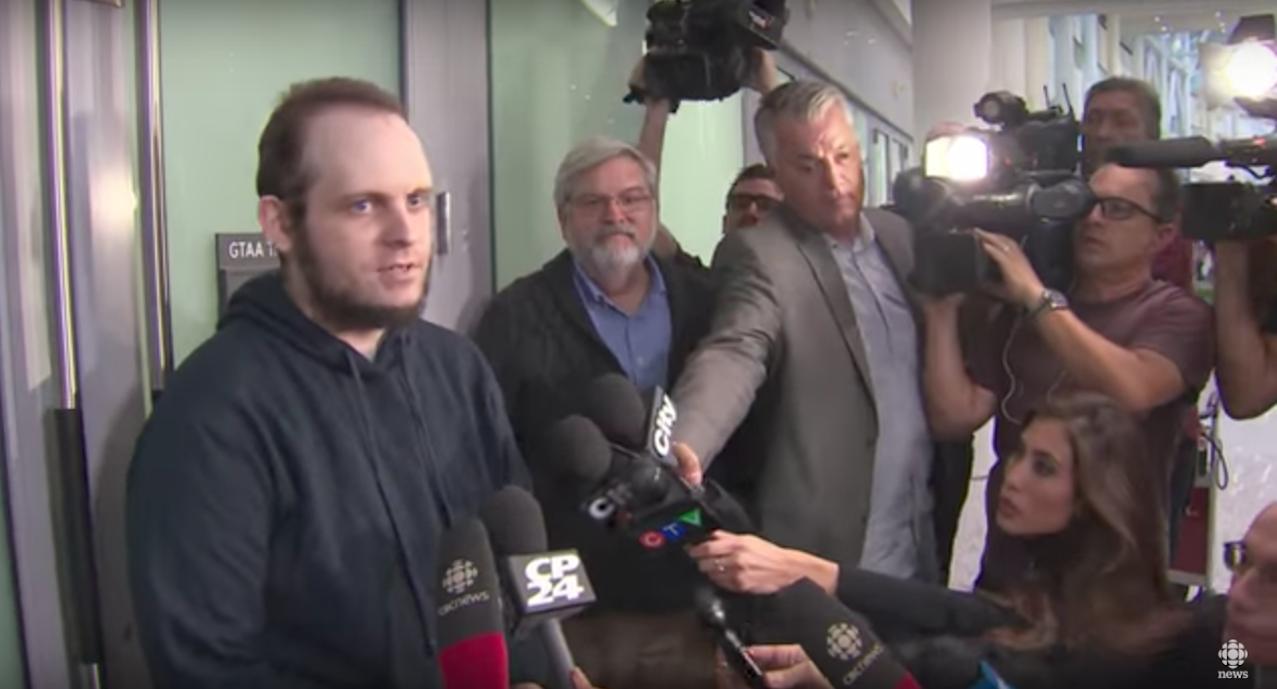 رہائی پانے والے کینیڈین یرغمالی کا کہنا ہے کہ حقّانی نیٹ ورک نے اس کی بچی کو قتل اور اس کی بیوی سے زیادتی کی