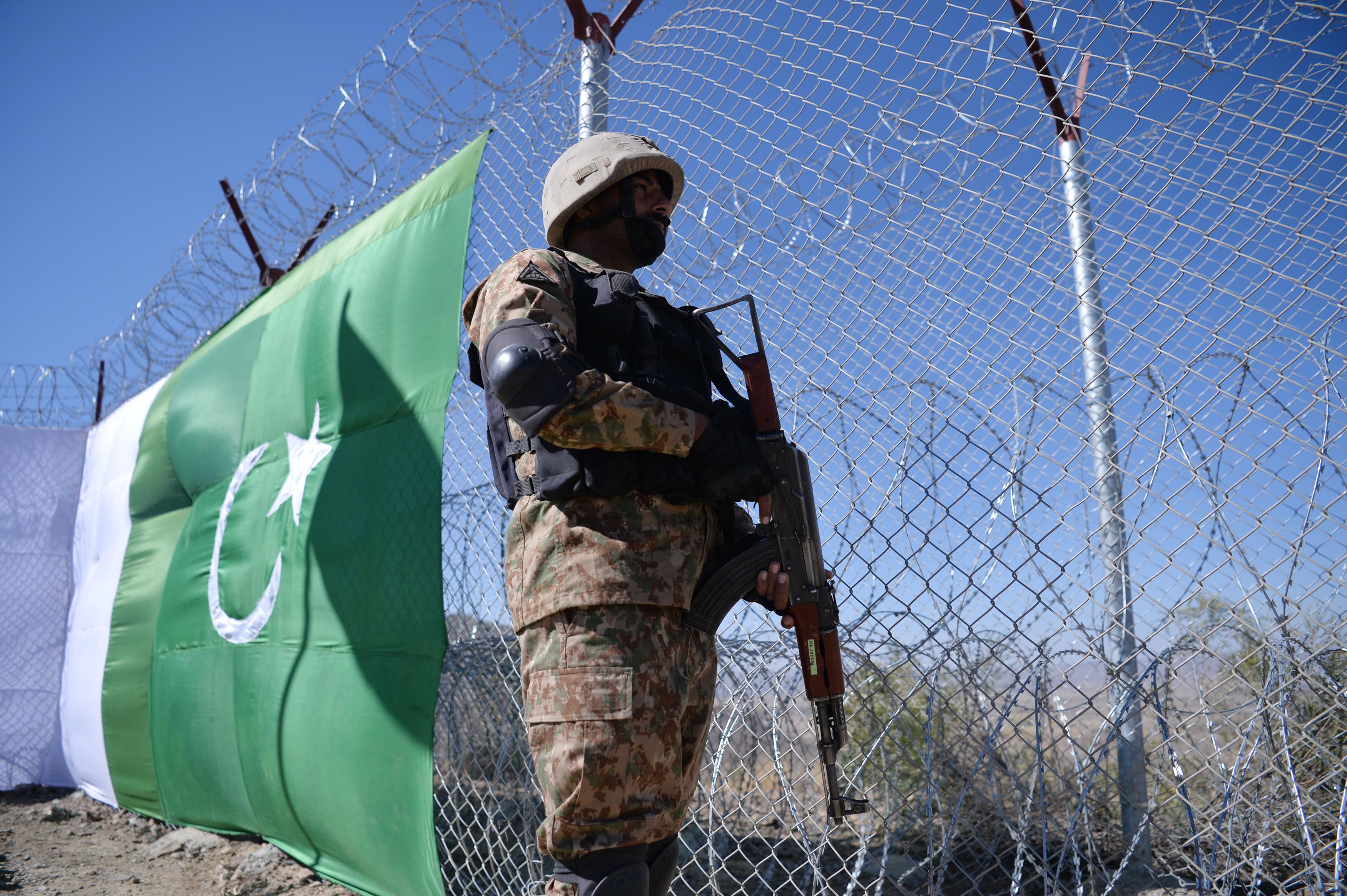تصاویر میں: پاکستان-افغانستان سرحد کو محفوظ بنانا
