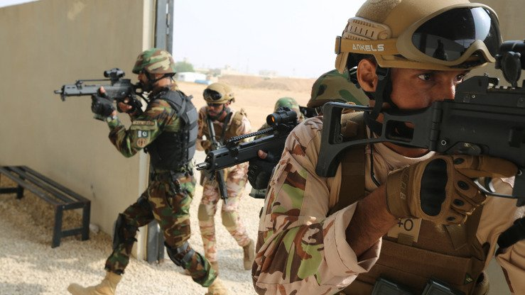 Pakistani and Saudi soldiers take part in the joint Al-Shebab-2 exercise at Prince Naif Security City, Riyadh, in a photo released December 3. [ISPR]