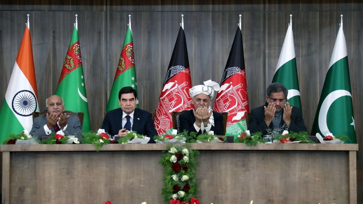 From right: Pakistani Prime Minister Shahid Khaqan Abbasi, Afghan President Ashraf Ghani, Turkmen President Gurbanguly Berdymukhamedov, and Indian Minister of State for External Affairs Shri M. J. Akbar look on during the TAPI gas pipeline project inauguration in Herat Province, Afghanistan, February 23. Surrendered Taliban militants say Iran ordered them to attack the event. [Afghan Presidential Palace]