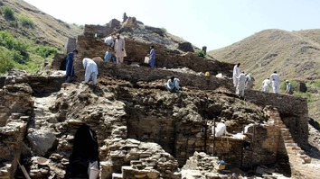 Labourers May 10 excavate the 2,000-year-old Buddhist monastery at Takht-i-Bahi. [KP Directorate of Archaeology and Museums]