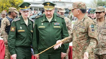 A Russian military delegation headed by Deputy Chief of General Staff Col. Gen. Sergei Istrakov visited Miranshah, North Waziristan Agency, March 30, 2017. [ISPR]