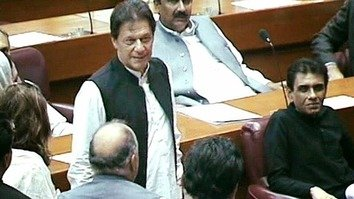 Lawmakers elected Imran Khan as prime minister on August 17 with 176 votes. [Pakistan Tehreek-e-Insaf/Twitter]