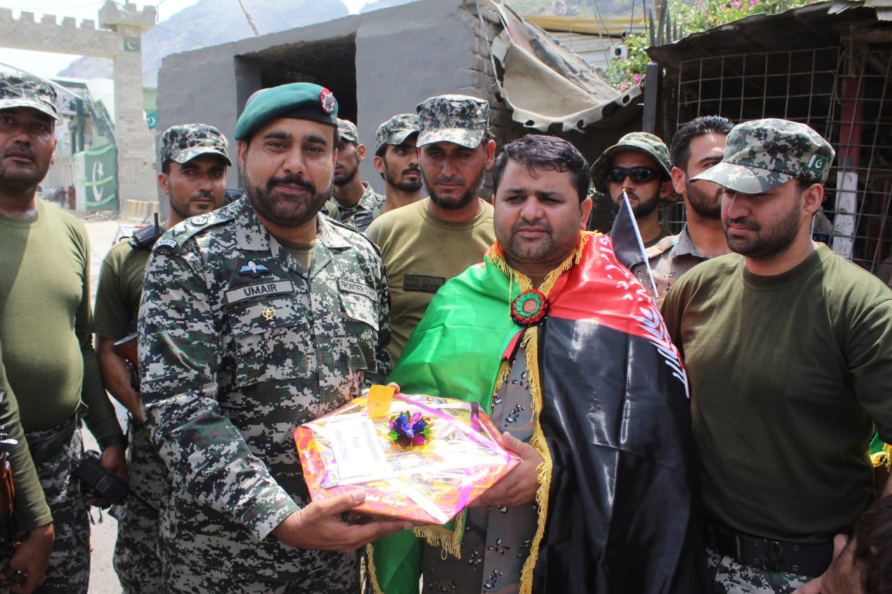 Pakistani, Afghan youth jointly celebrate each other's independence day