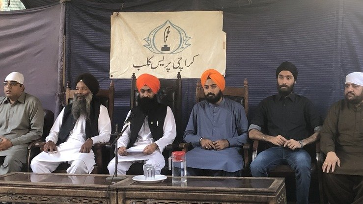 The Sikh community in Karachi holds a news conference November 28 about the Kartapur Corridor. [Zia Ur Rehman]