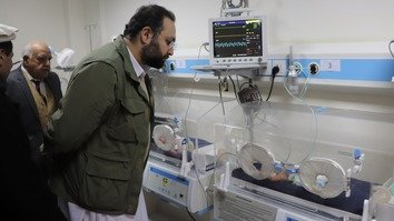 Khyber Pakhtunkhwa Health Minister Hisham Inamullah Khan visits the nursery ward at Agency Headquarters Hospital in Miranshah, North Waziristan tribal district, December 22. [KP Health Department]