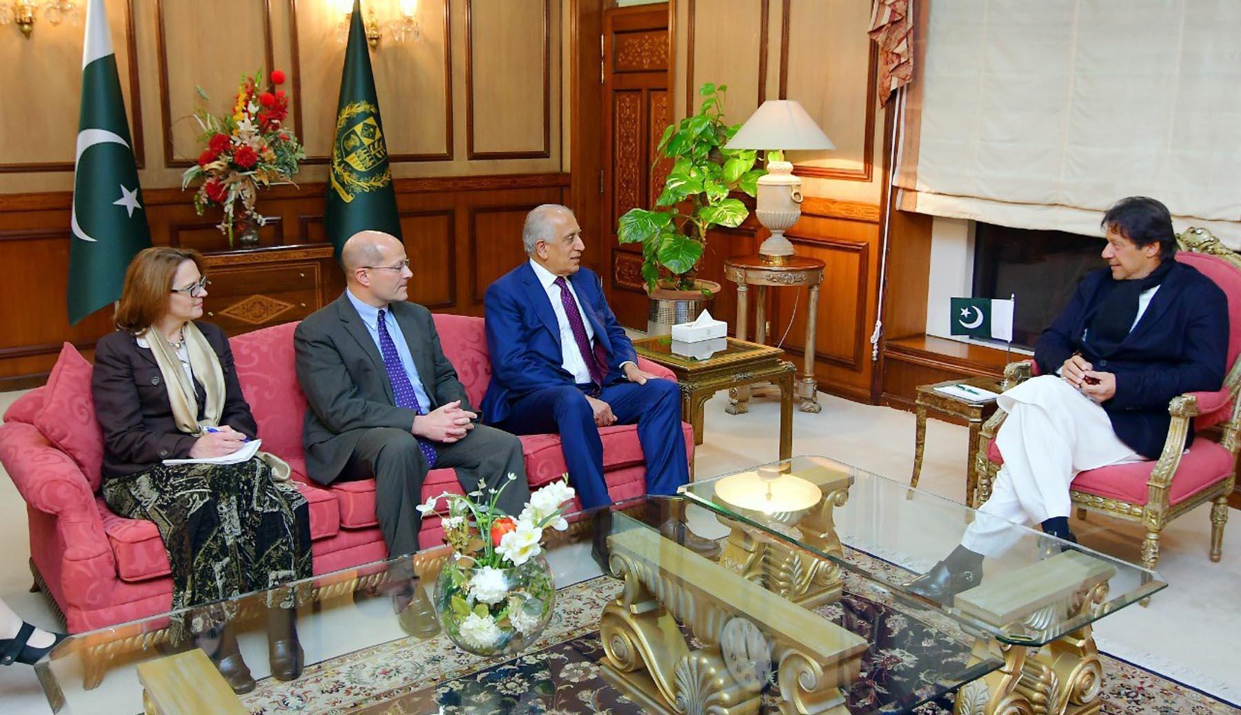 د متحده ایالاتو سفیر خلیلزاد اسلام آباد ته له سفر سره د افغانستان د سولې بهیر ته وده ورکوي