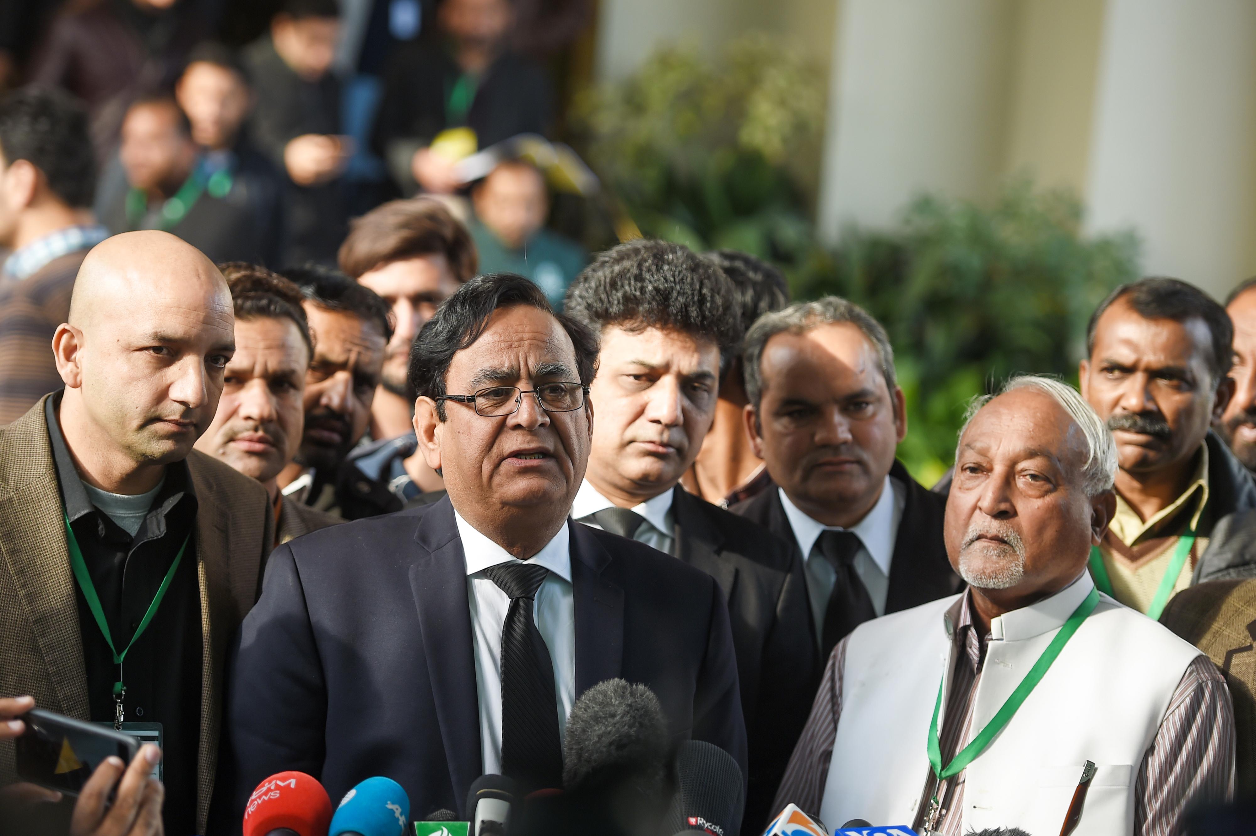 عدالتِ عظمیٰ نے آسیہ بی بی کی بریت کو چیلنج کرنے کی درخواست مسترد کر دی