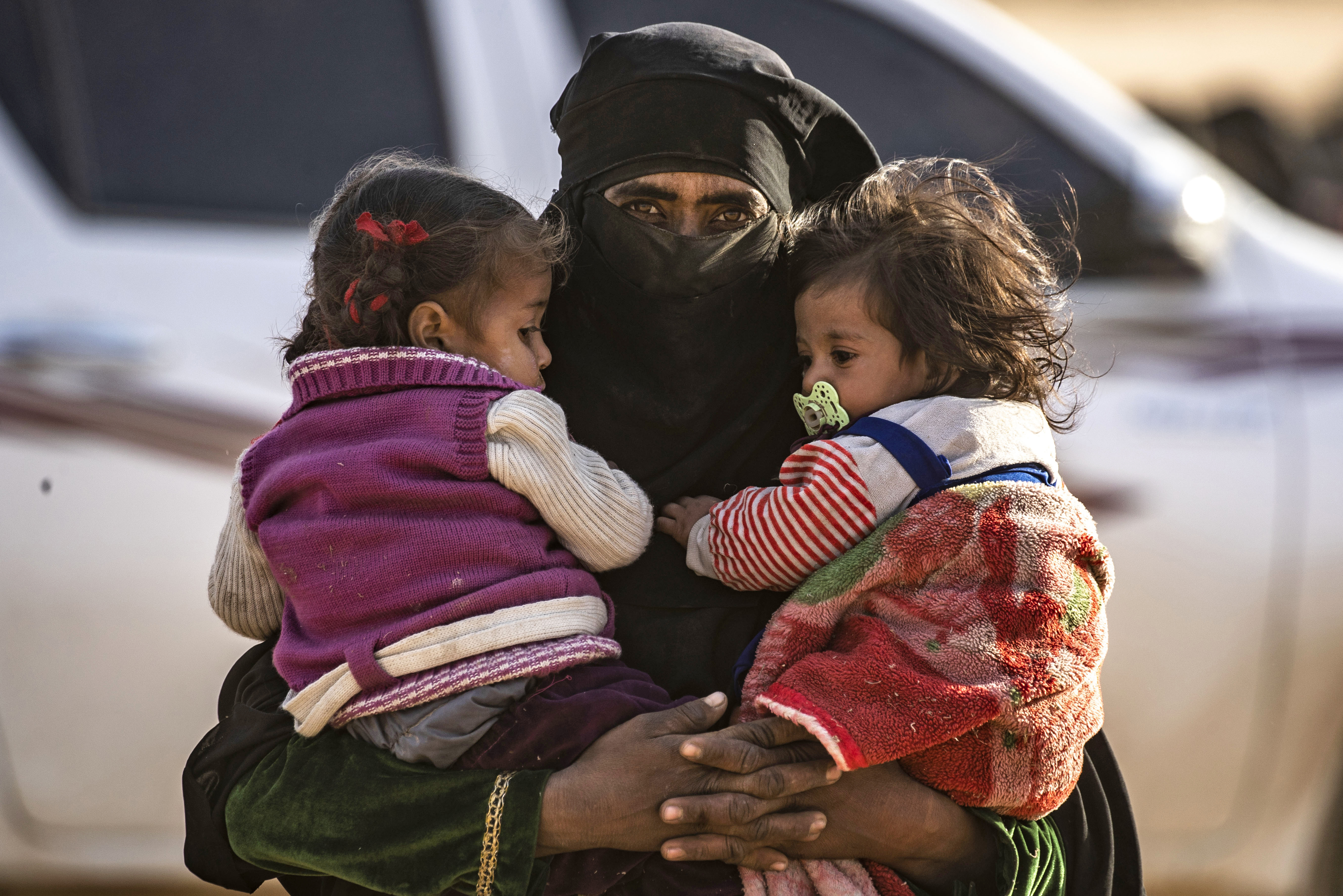 Dying ISIS territory in Syria empties itself of last survivors