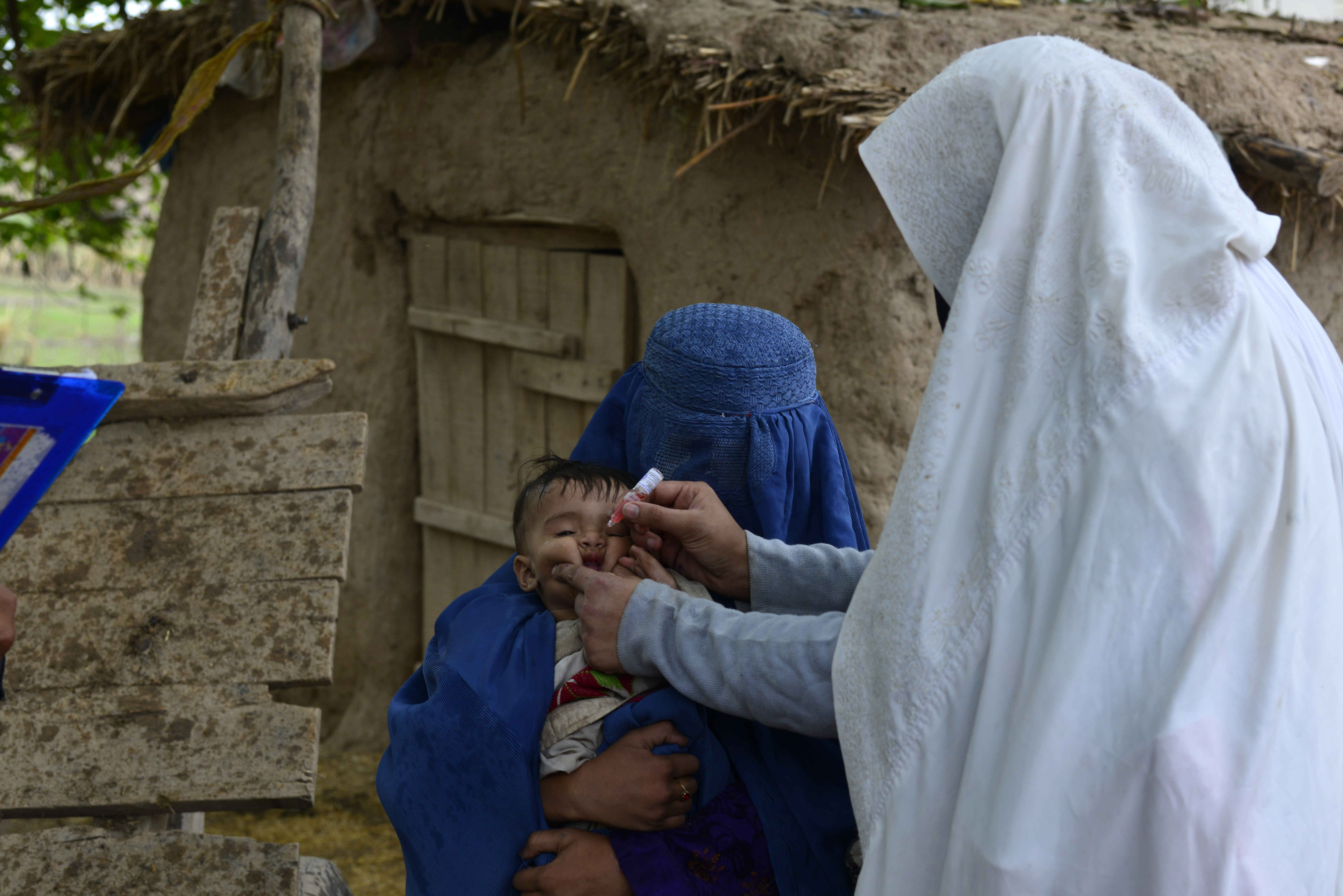 Pakistan seeks to block online anti-polio vaccine content