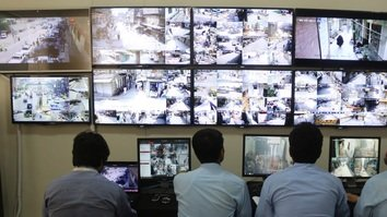 پاکستاني چارواکي د روژې نه مخکې امنیت ټینګوي او د نرخونو د لوړيدو مخه نيسي