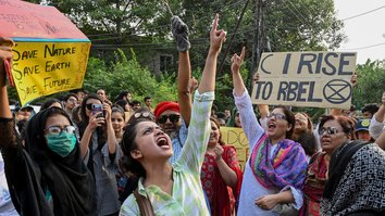 چین کا بیلٹ اینڈ روڈ انیشی ایٹو پاکستان کے لیے ماحولیاتی تباہی قرار دیا گیا ہے