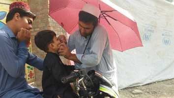 Pakistani parents reject hardline anti-polio vaccine narrative