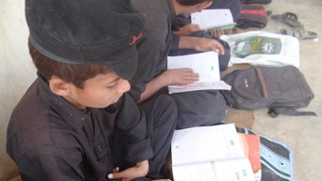Efforts under way to ease education for Afghans studying in Pakistan