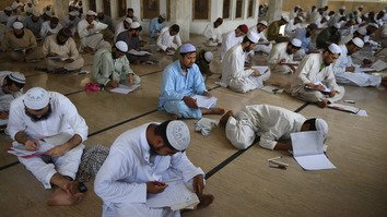 Khyber Pakhtunkhwa government begins registering seminaries
