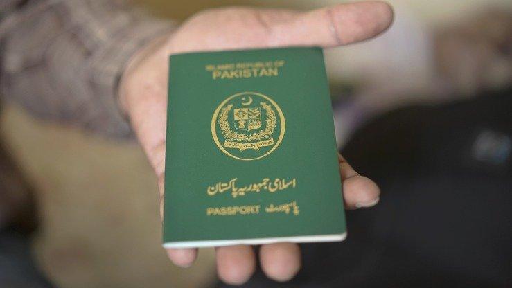 Balochistan authorities arrest 7 Iranians travelling on phony ...