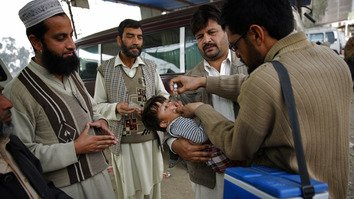 Militants, religious fanatics hamper polio eradication in Pakistan, Afghanistan