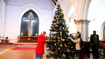 Pakistanis celebrate Christmas