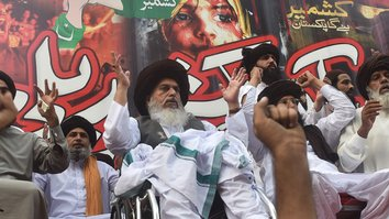 Tehreek-e-Labaik Pakistan likely to weaken, split after Rizvi's death